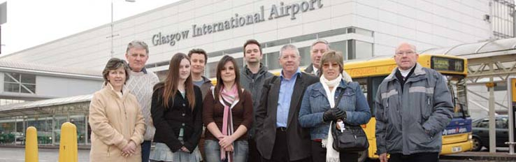 Glasgow Airport workshop. Participants outside Glasgow Airport main terminal, February 2006. DP007189